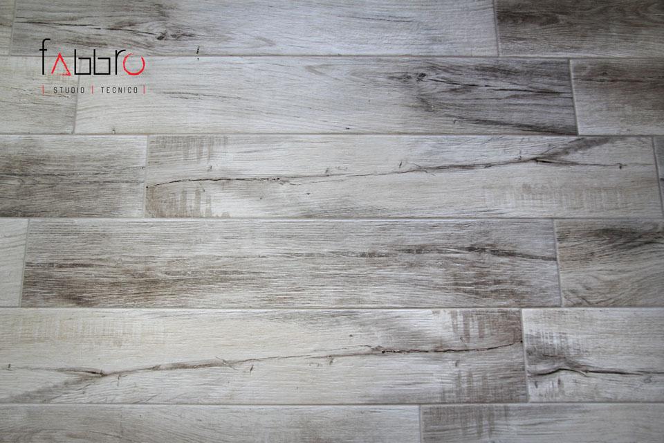 studio tecnico fabbro pavimento gres porcellanato effetto legno