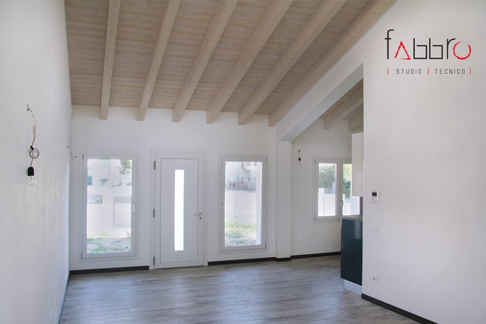 studio tecnico fabbro ingresso con soggiorno open space