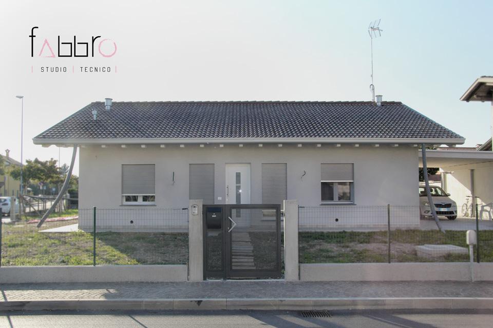 studio tecnico fabbro ingresso principale lato sud facciata